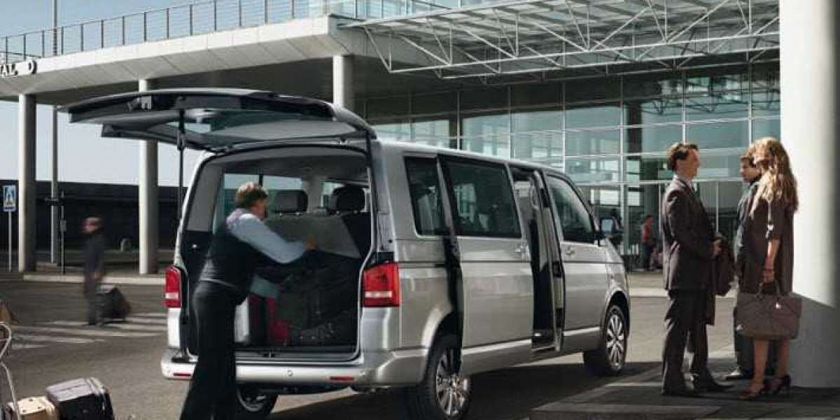 You Should Know Before Choosing An Airport Car Service